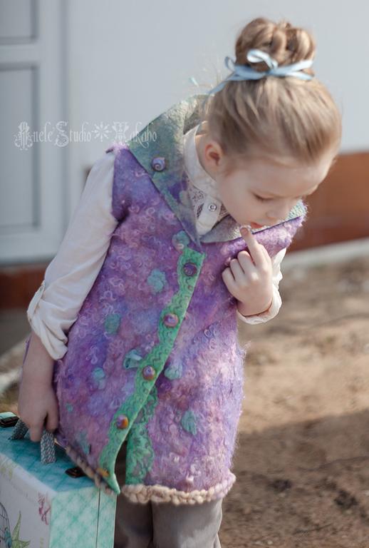 Одежда для девочек, ручной работы. Ярмарка Мастеров - ручная работа. Купить Жилет для девочки Войлок валяный. Handmade. Разноцветный, сирень