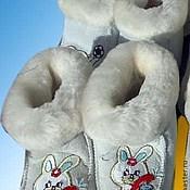 Работы для детей, ручной работы. Ярмарка Мастеров - ручная работа Пинетки белые из овчины. Handmade.