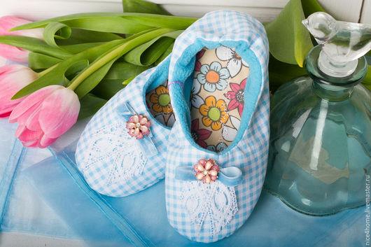 """Обувь ручной работы. Ярмарка Мастеров - ручная работа. Купить Детские домашние тапочки """"Анютины глазки"""". Handmade. Голубой"""