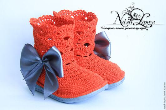 """Детская обувь ручной работы. Ярмарка Мастеров - ручная работа. Купить Летние сапожки """"Запах Нового года"""". Handmade. Оранжевый"""