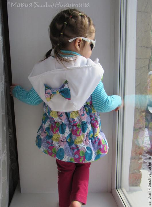 Одежда для девочек, ручной работы. Ярмарка Мастеров - ручная работа. Купить Жилетик. Handmade. Разноцветный, стеганый, бантик, молния
