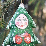 """Подарки к праздникам ручной работы. Ярмарка Мастеров - ручная работа """"Девочка-елка со снегирем"""" елочная игрушка. Handmade."""
