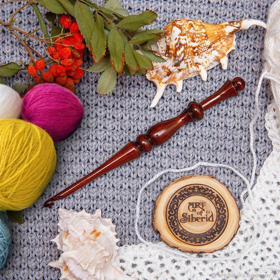 Crochet hook made of Siberian cedar wood 5mm. K33, Crochet Hooks, Novokuznetsk,  Фото №1