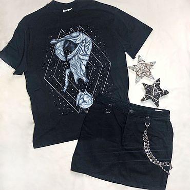 """Одежда ручной работы. Ярмарка Мастеров - ручная работа Кастомная футболка unisex """"Hunter"""". Handmade."""