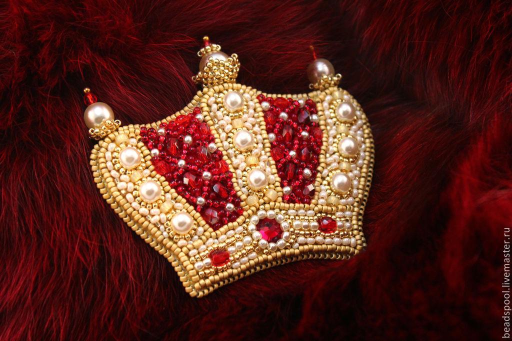 Вышивка бисером короны