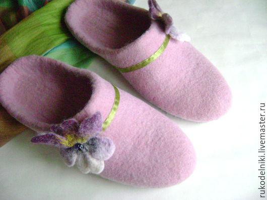 Обувь ручной работы. Ярмарка Мастеров - ручная работа. Купить Тапочки Нежные цветы. Авторская работа. Handmade. Бледно-розовый