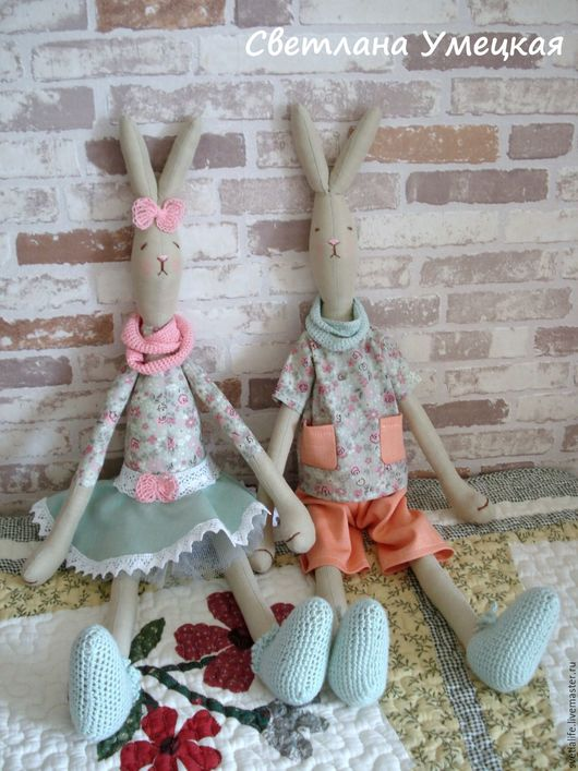 Игрушки животные, ручной работы. Ярмарка Мастеров - ручная работа. Купить Комплект текстильных игрушек Зайчиха Тася и Заяц Толя. Handmade.