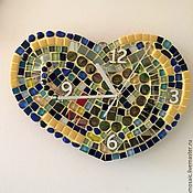 """Подарки к праздникам ручной работы. Ярмарка Мастеров - ручная работа Часы из мозаики """"Сердце"""". Handmade."""