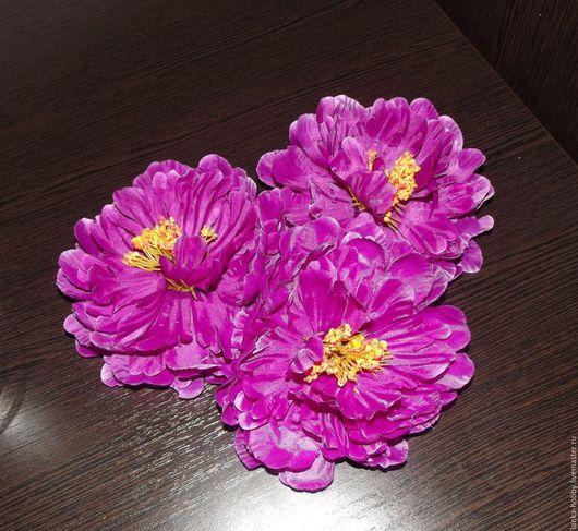 Пион садовый (головка)  Диаметр цветка 15 см Цена указана за 1 цветок Цвет - фиолетовый -