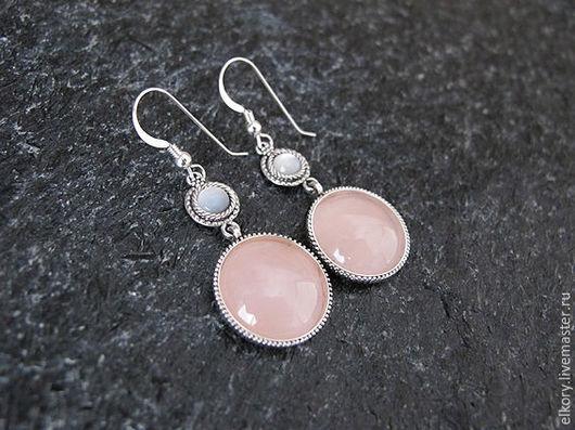 Серьги с розовым кварцем. Стильные серьги перламутр. Круглые серьги серебро. Серебряные серьги длинные