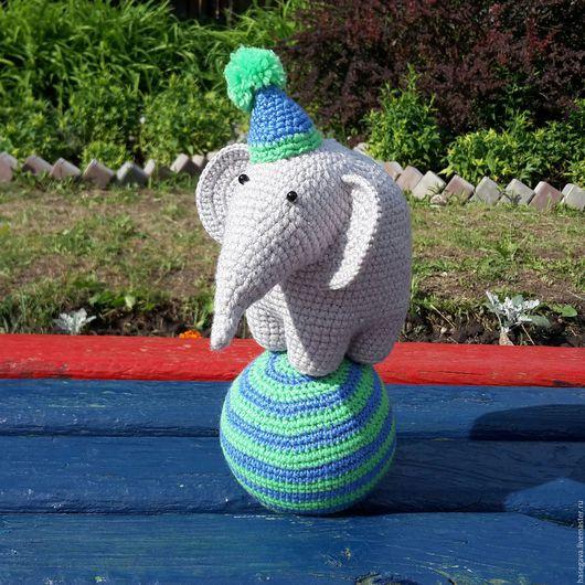 Игрушки животные, ручной работы. Ярмарка Мастеров - ручная работа. Купить Цирковой слон игрушка,  вязанная крючком. Handmade. Серый