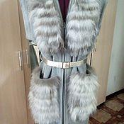 Одежда ручной работы. Ярмарка Мастеров - ручная работа Жилет вязанный из овечьей пряжи с отделкой натуральным мехом. Handmade.