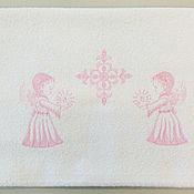 """Работы для детей, ручной работы. Ярмарка Мастеров - ручная работа Полотенце крестильное """" Светлый ангел со свечой"""". Handmade."""