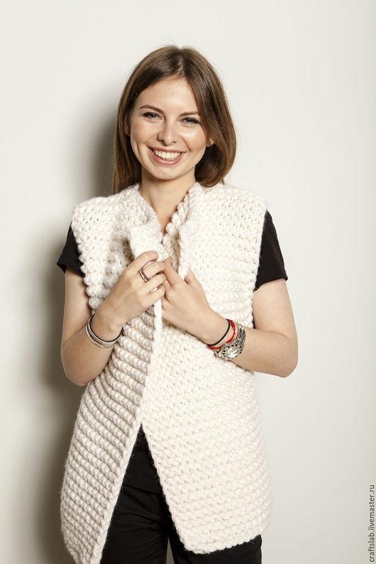 Купить шерстяной свитер женский