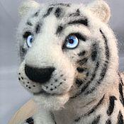 Куклы и игрушки handmade. Livemaster - original item felt toy: White tiger. Handmade.