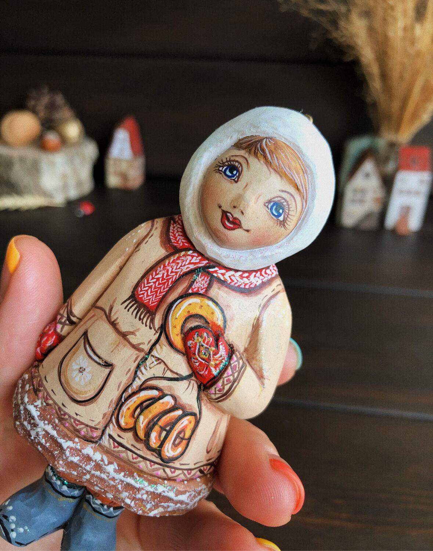 Богородская деревянная игрушка Девочка с бубликами , 11,5 см, Народная кукла, Москва,  Фото №1