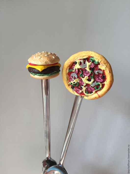 Чизбургер по фирменному рецепту.