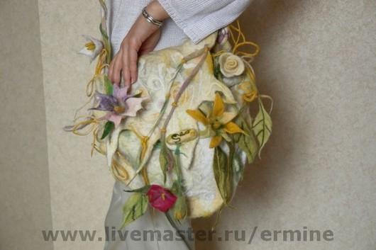 Handbags handmade. Livemaster - handmade. Buy FELTED handbag'White dew'.Bag, handbag, fiber, wool yarn