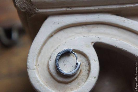 Украшения для мужчин, ручной работы. Ярмарка Мастеров - ручная работа. Купить Мужская серьга - тонированное серебро 925.. Handmade. серебро