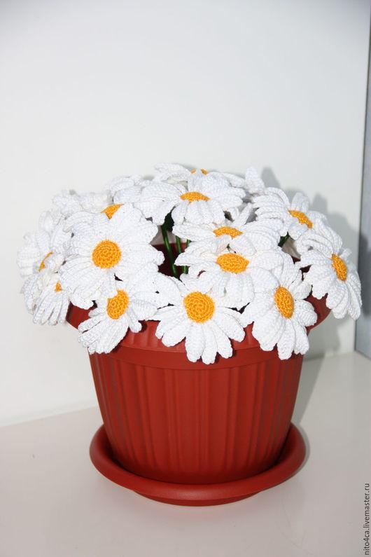 Цветы ручной работы. Ярмарка Мастеров - ручная работа. Купить Ромашки вязаные композиция. Handmade. Белый, луговые цветы