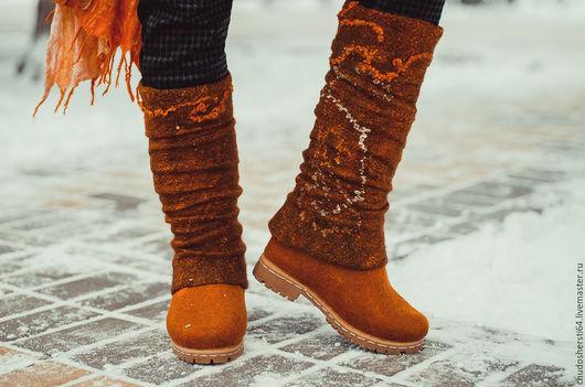 Обувь ручной работы. Ярмарка Мастеров - ручная работа. Купить Комплект: Валяные сапоги «РЫЖАЯ БЕСТИЯ», гетры и палантин. Handmade.
