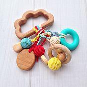 Куклы и игрушки ручной работы. Ярмарка Мастеров - ручная работа Буковый грызунок Облачко с разными подвесками-погремушками. Handmade.