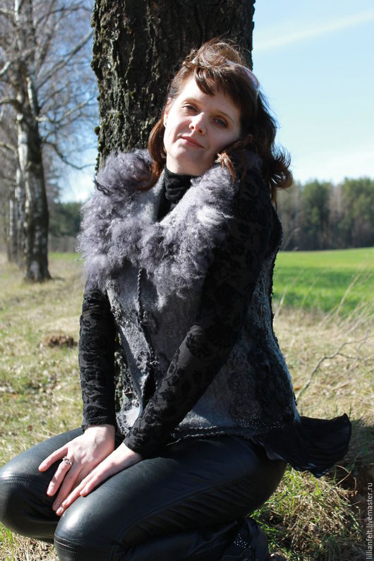 Жилеты ручной работы. Ярмарка Мастеров - ручная работа. Купить Оттенки серого. Handmade. Дизайнерская одежда, женская одежда, бисер