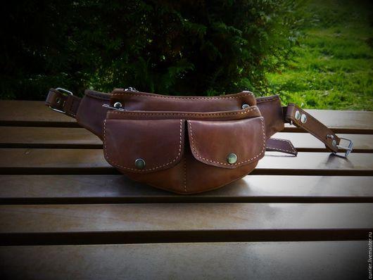Мужские сумки ручной работы. Ярмарка Мастеров - ручная работа. Купить Сумка поясная. Handmade. Коричневый, сумка на пояс