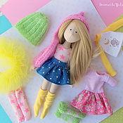 Куклы и игрушки ручной работы. Ярмарка Мастеров - ручная работа Текстильная игровая кукла блондинка с набором сменной одежды. Handmade.