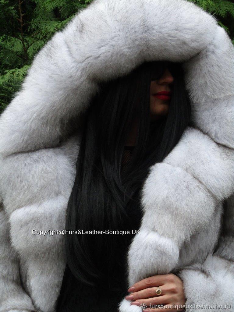 Royal Fox Fur Coat From Saga Furs Hem 220sm Xxl Shop
