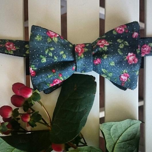 Галстуки, бабочки ручной работы. Ярмарка Мастеров - ручная работа. Купить Двусторонняя галстук-бабочка Бархатная роза. Самовяз.. Handmade.