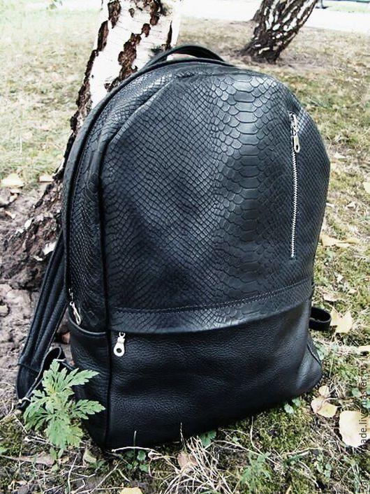 """Рюкзаки ручной работы. Ярмарка Мастеров - ручная работа. Купить Кожаный рюкзак """"Черный питон"""".  Унисекс.. Handmade. Черный"""