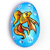 """Сувениры и подарки ручной работы. Ярмарка Мастеров - ручная работа """"Золотая рыбка"""" камушек-магнит. Handmade."""