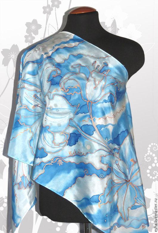 """Шарфы и шарфики ручной работы. Ярмарка Мастеров - ручная работа. Купить Шелковый шарф  """"Голубые лилии 3"""". Handmade. Батик"""