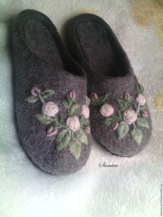 """Обувь ручной работы. Ярмарка Мастеров - ручная работа. Купить Тапочки валяные """"Rose"""". Handmade. Тапочки, тапочки из войлока, шерсть"""