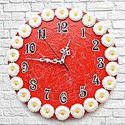 Для дома и интерьера handmade. Livemaster - original item Wall clock Red with white flowers. Handmade.
