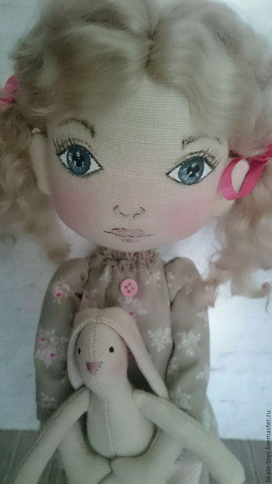 Человечки ручной работы. Ярмарка Мастеров - ручная работа. Купить Интерьерная текстильная кукла Машенька в пижамке. Handmade. Комбинированный