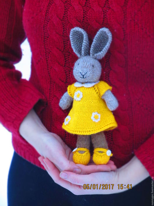 """Игрушки животные, ручной работы. Ярмарка Мастеров - ручная работа. Купить Мастер класс  """"Зайка в жёлтом платье"""" вязанная. Handmade."""