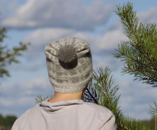 Шапки ручной работы. Ярмарка Мастеров - ручная работа. Купить Стильная вязаная твидовая шапка в клетку с отворотом и помпоном. Handmade.