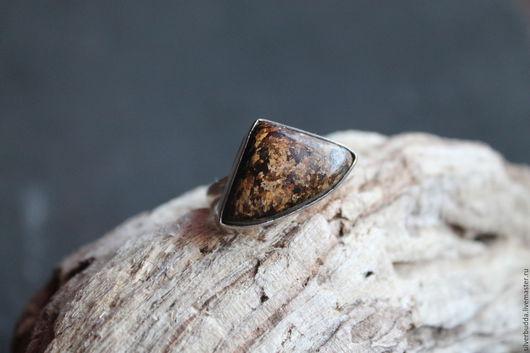 """Кольца ручной работы. Ярмарка Мастеров - ручная работа. Купить Кольцо с бранзитом """"Пиримида"""" Посеребоение. Handmade. Коричневый, кольцо с бронзитом"""