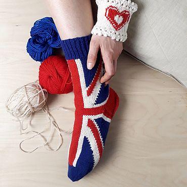 Сувениры и подарки ручной работы. Ярмарка Мастеров - ручная работа Вязаные носки «британский флаг». Handmade.