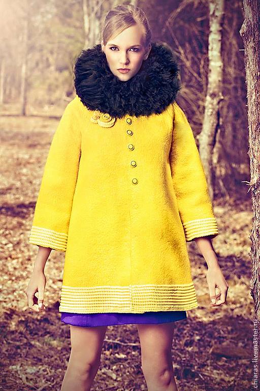 Верхняя одежда ручной работы. Ярмарка Мастеров - ручная работа. Купить авторское пальто ручной работы. Handmade. Желтый