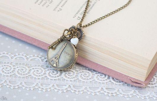 """Часы ручной работы. Ярмарка Мастеров - ручная работа. Купить Часы """"Ключ от Парижа"""". Handmade. Кулон, подвеска, ключ, винтаж"""