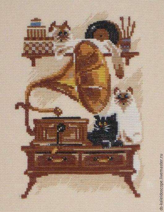 Животные ручной работы. Ярмарка Мастеров - ручная работа. Купить Вышивка. Handmade. Коричневый, вышивка, подарок к празднику, картина для интерьера