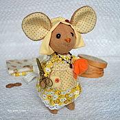 Куклы и игрушки ручной работы. Ярмарка Мастеров - ручная работа Мышка-рукодельница.  Талисман и помощница.. Handmade.