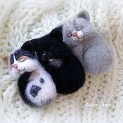 Украшения ручной работы. Ярмарка Мастеров - ручная работа Спящие котята (брошь,броши). Handmade.
