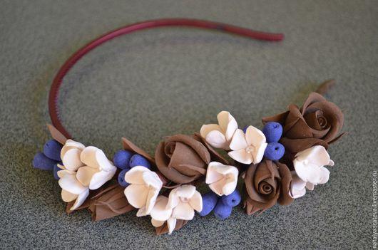 Ободок с шоколадными розами.