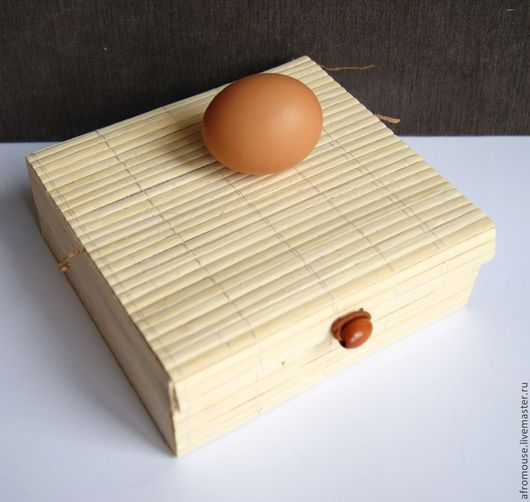 коробочка `Бамбук 25` квадратная 16х15х5.5 см