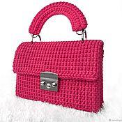 Классическая сумка ручной работы. Ярмарка Мастеров - ручная работа Вязаная розовая сумочка «Малина». Handmade.