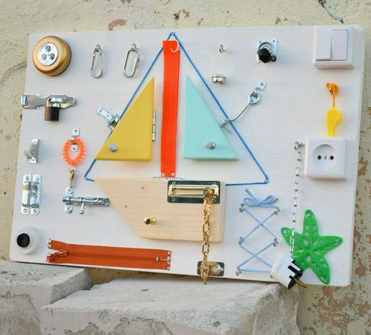 Развивающие игрушки ручной работы. Ярмарка Мастеров - ручная работа. Купить Бизиборд  Монтессори стенд. Handmade. Развивашка, доска